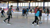 Fast 90 Schülerinnen und Schüler machten mit beim Eislauf-Ausflug der SV.