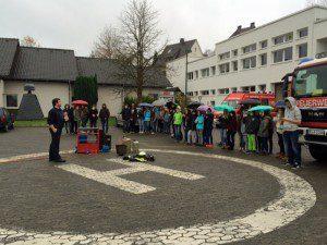 Schule-Feuerwehr1
